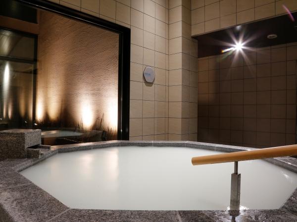 【恵みの湯】「合歓の木湯」湯めぐりの仕上げはこの真珠の湯 *写真は男湯