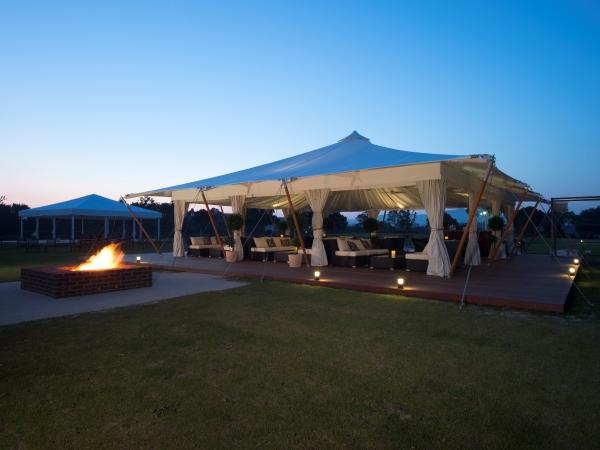 360度パノラマの自然を体感できるオープンテント「里山ラウンジ」