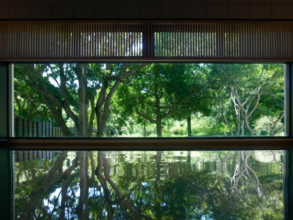【恵みの湯 KIYORA】 天然温泉「潮騒の湯」(写真)ほか3つの湯めぐりをお楽しみいただけます