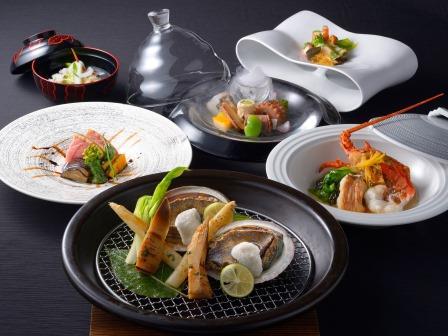 【ご夕食】 月懐石 (※写真は3〜5月の料理イメージとなります)