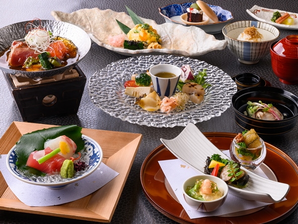 【ご夕食】海コース(※写真は4〜9月の料理イメージとなります)