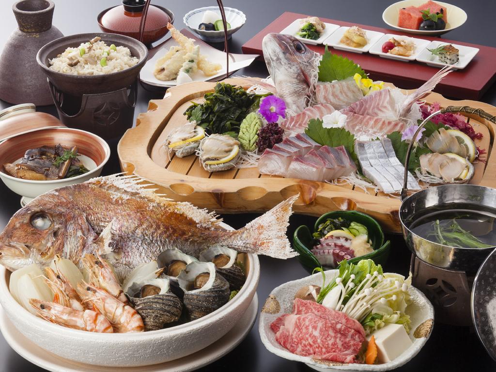淡路島名物・宝楽焼に季節の一人鍋、鯛の姿造り付きのまんぷく会席(料理イメージ)