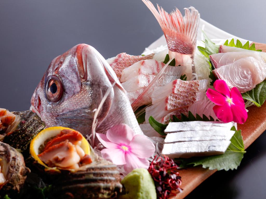 天然鯛の活造り(イメージ)※内容は季節や仕入れ状況により変わります