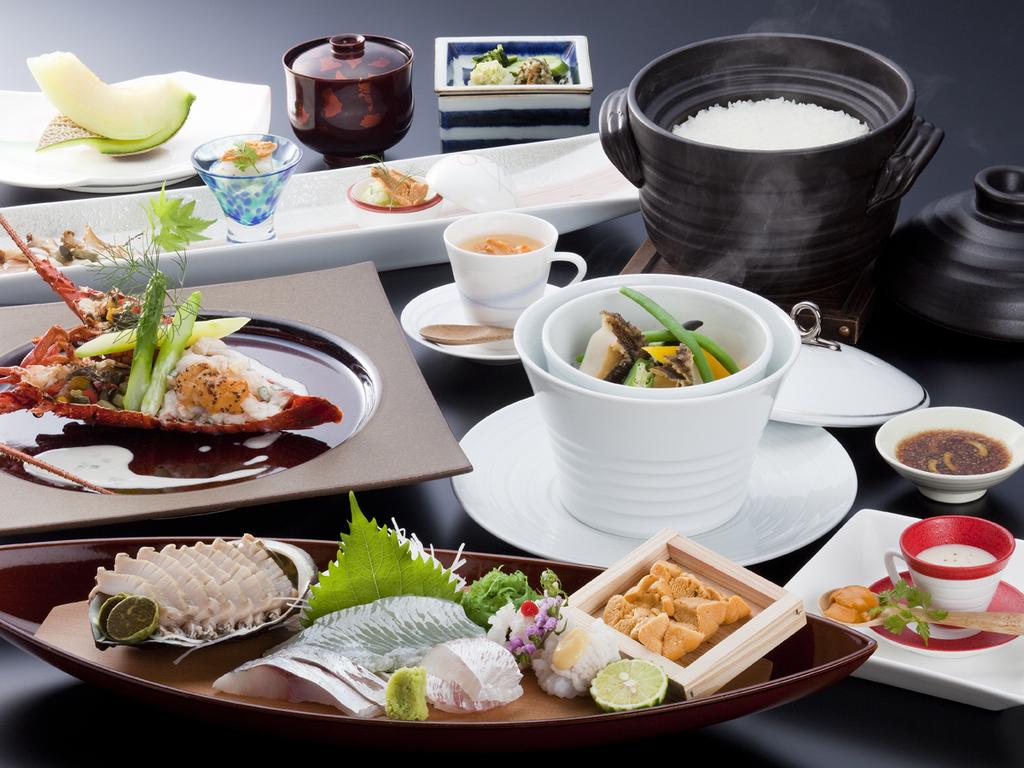 赤雲丹と黒鮑のシンフォニー ※写真は料理イメージです。内容は御品書きをご確認下さい