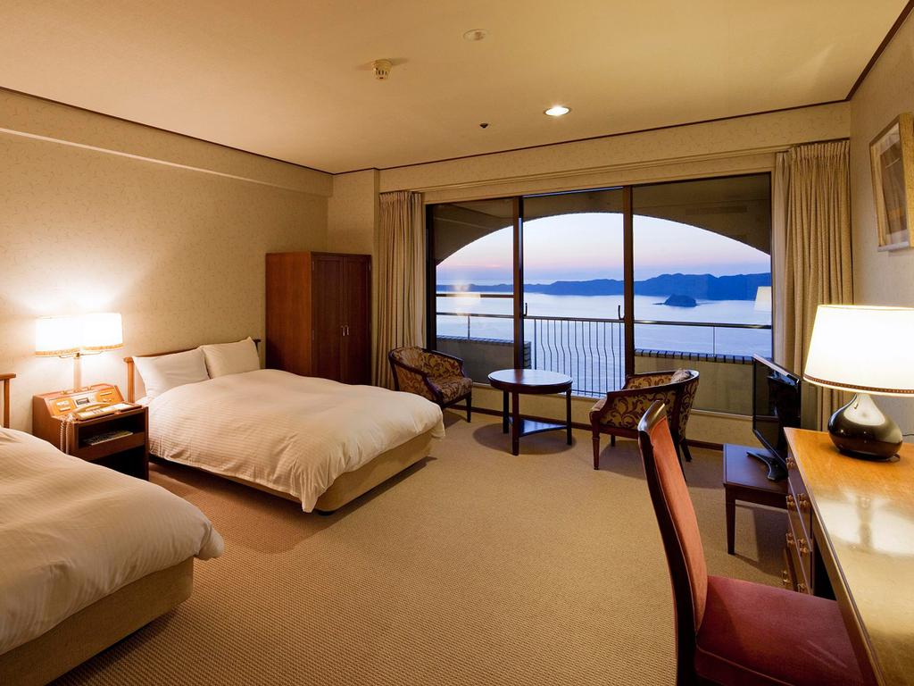 スタンダード洋室(34平米・鳴門海峡ビュー)