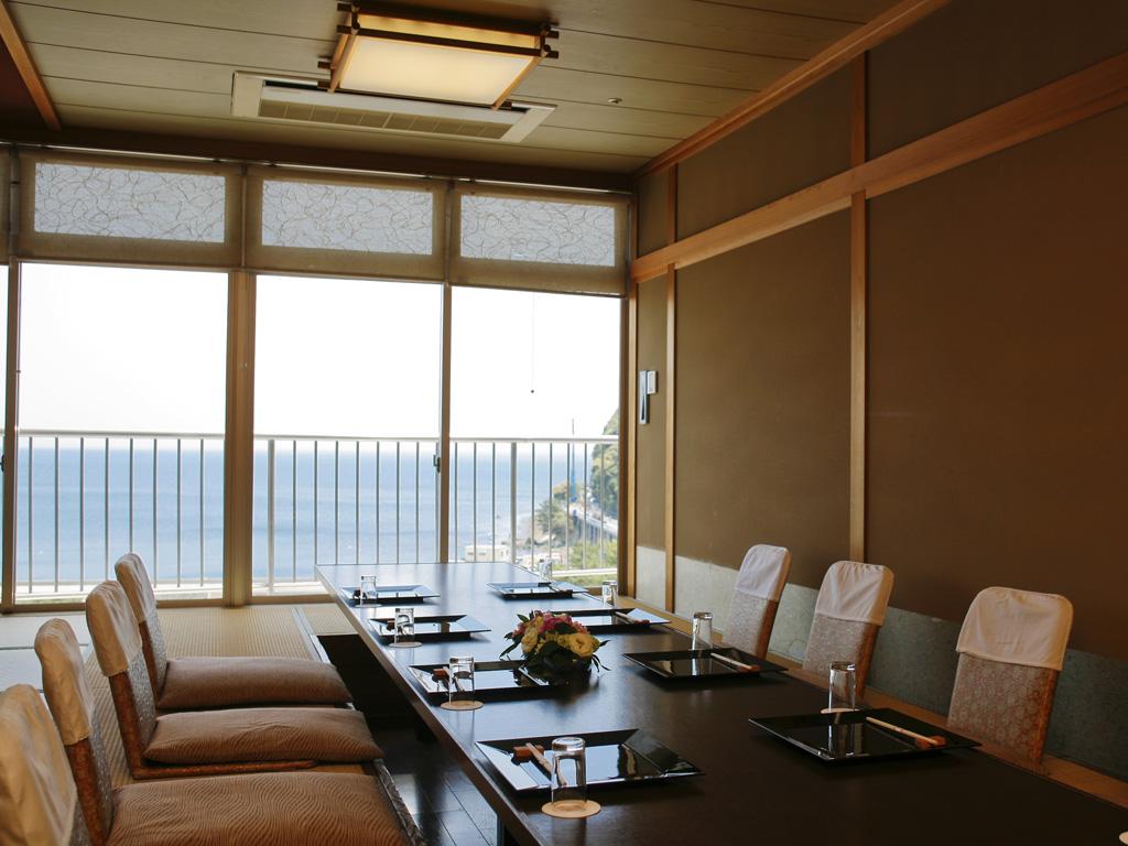 最上階のデザイナーズ個室料亭「磯辺亭」