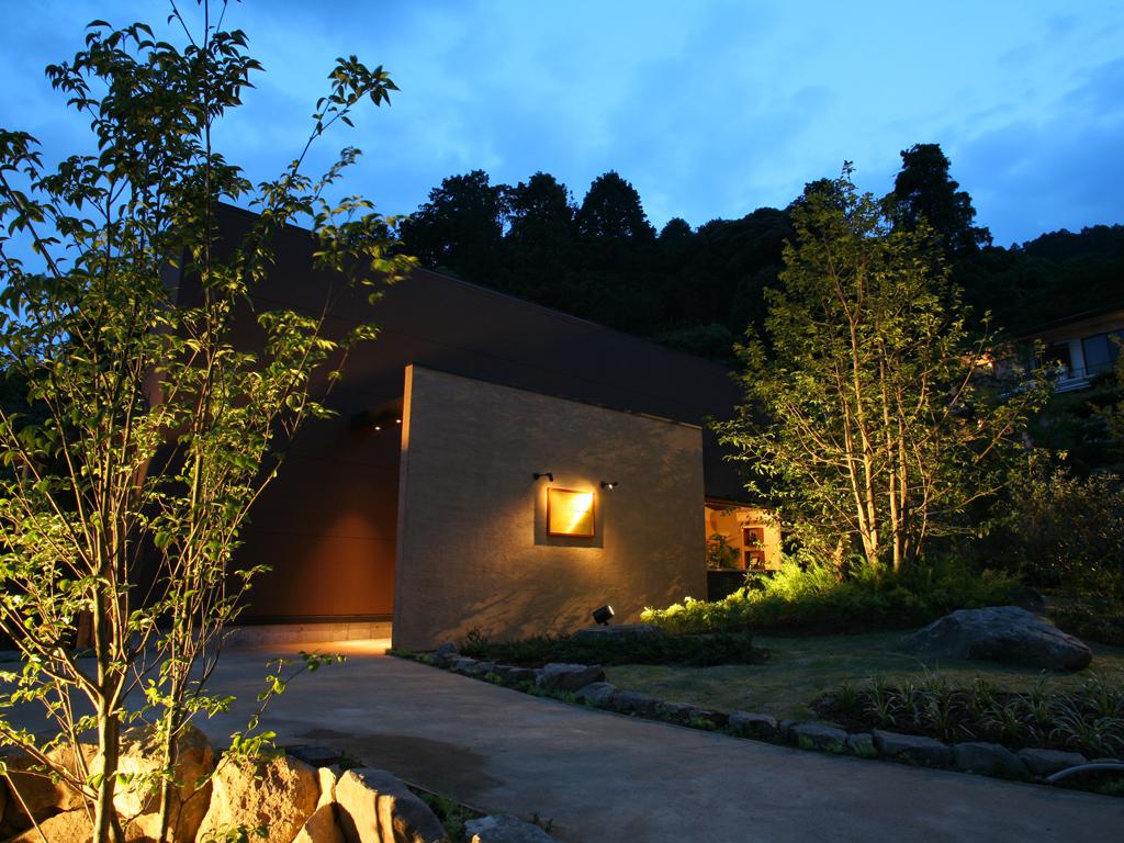 【ASHIYAバンクンメイ】庭園に佇む旅の疲れを癒す離れスパ