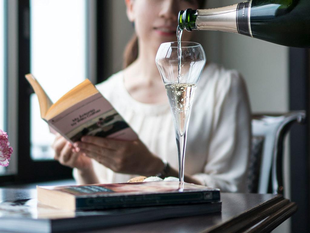 エグゼクティブクラブラウンジでは、1日中シャンパンをご提供