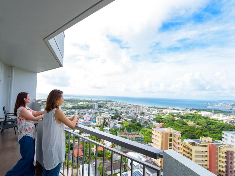 東海岸と市街を一望!テラスからの景観をお楽しみください。