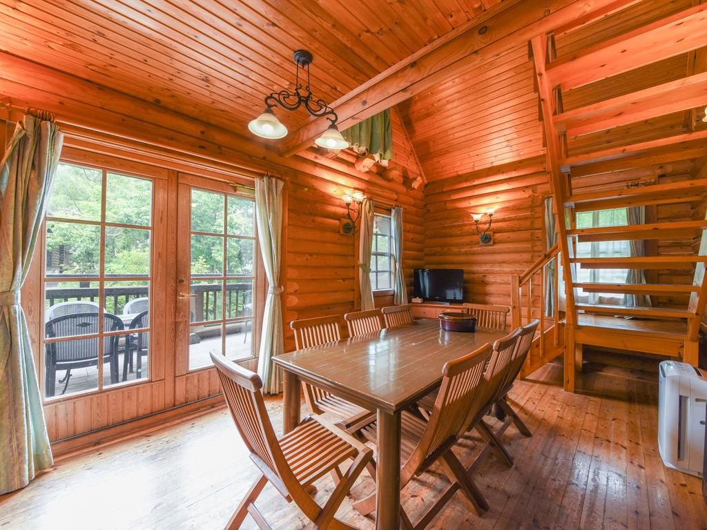 *【部屋(ログハウス)】緑の中でのんびり!本場海外から輸入したログハウスに1棟貸切で宿泊
