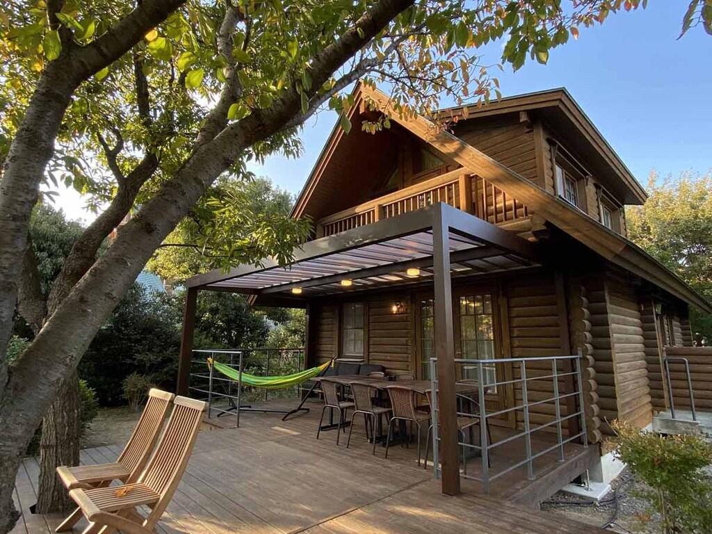 *【ログハウス Premium Large】木々に囲まれた癒しのログハウス