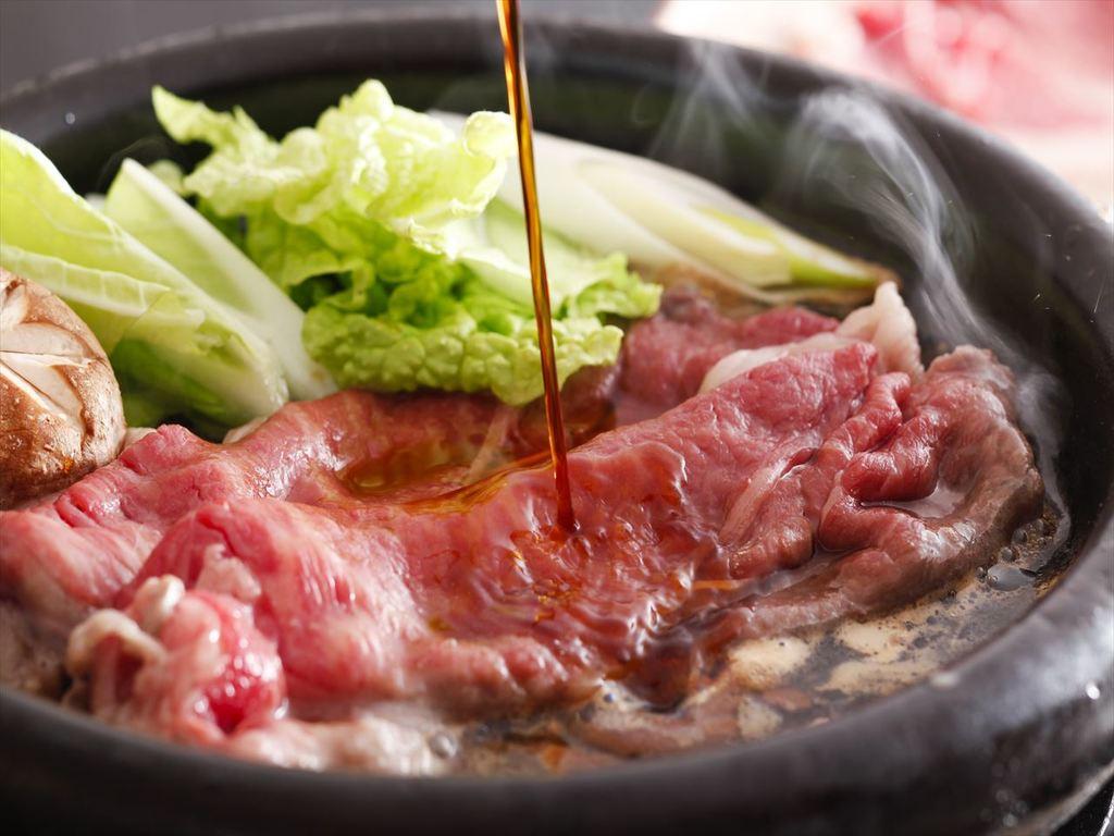 地元のブランド牛「姫路和牛」を贅沢にすき焼きで!
