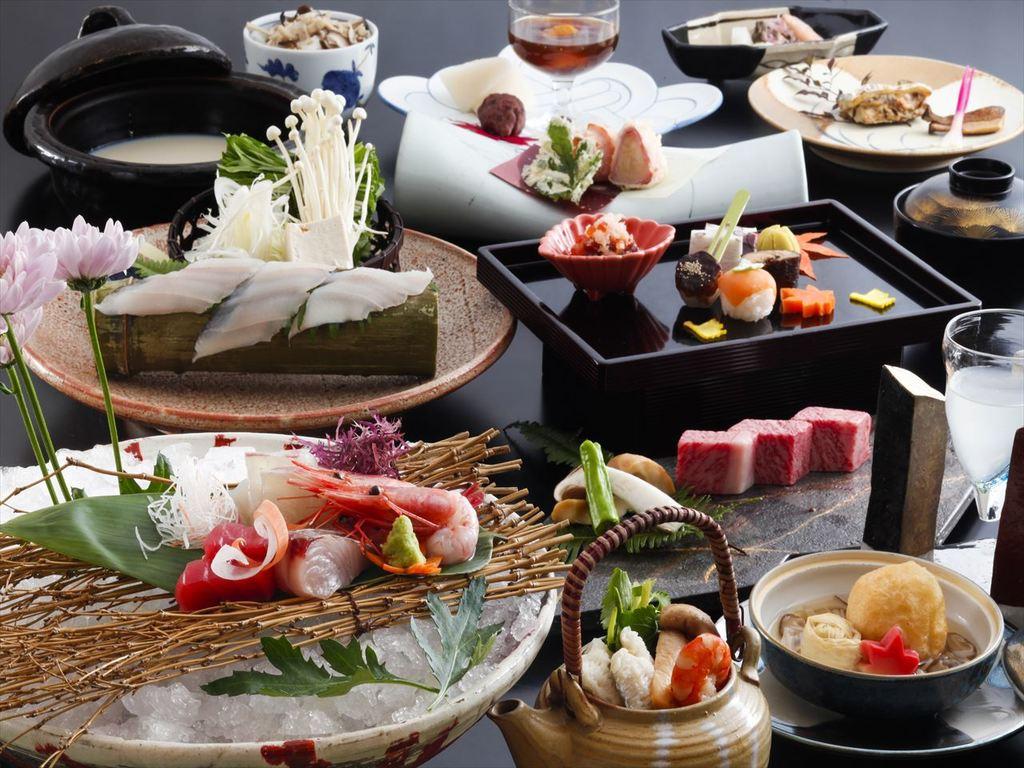 季節の食材を散りばめた会席料理。(9月〜11月の料理イメージ)