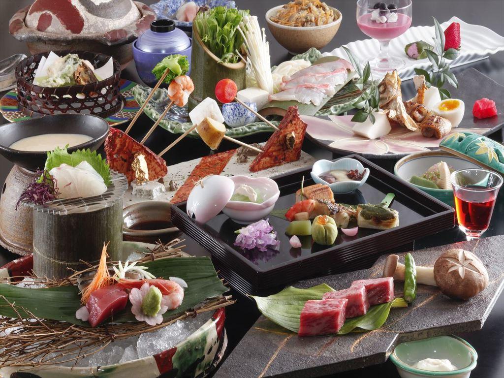 旬の食材を散りばめた会席料理。(3月〜5月の料理イメージ)
