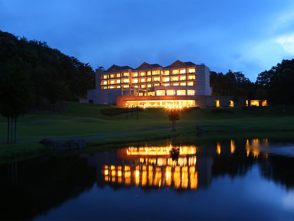 ホテル夜景外観