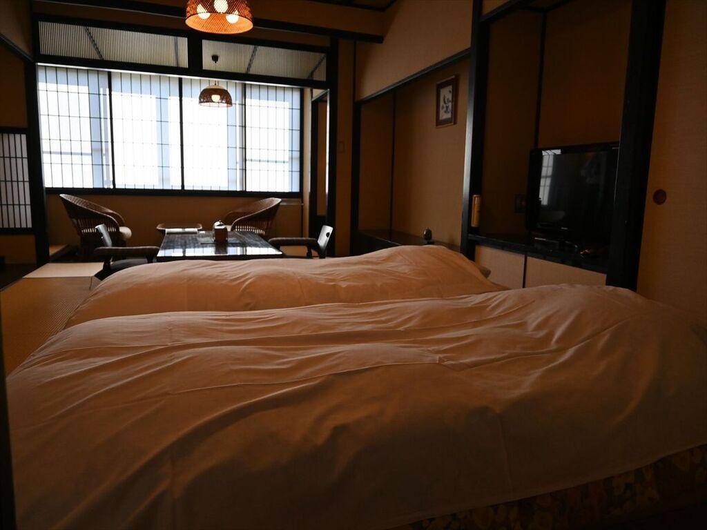 【野の花亭・禁煙室】 和風桐らくねベッド付ルーム50平米
