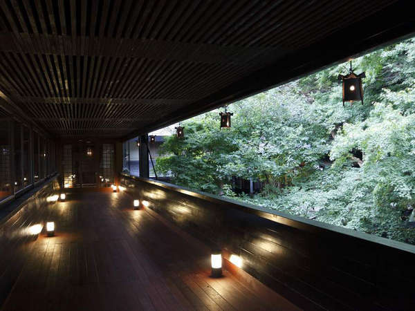 吉奈川を渡る「香風橋」