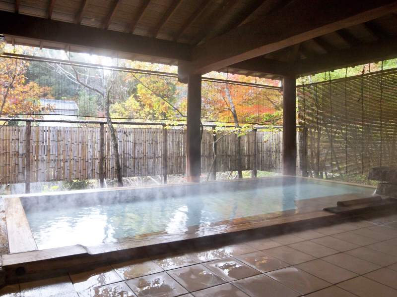 露天風呂「河鹿の湯」