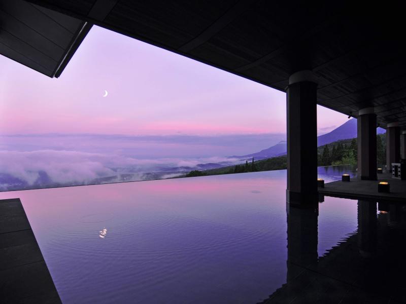 アクアテラス〜雲海を望む絶景