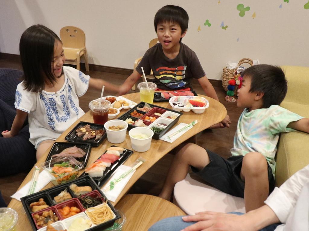 【お部屋deビュッフェ】食事イメージ