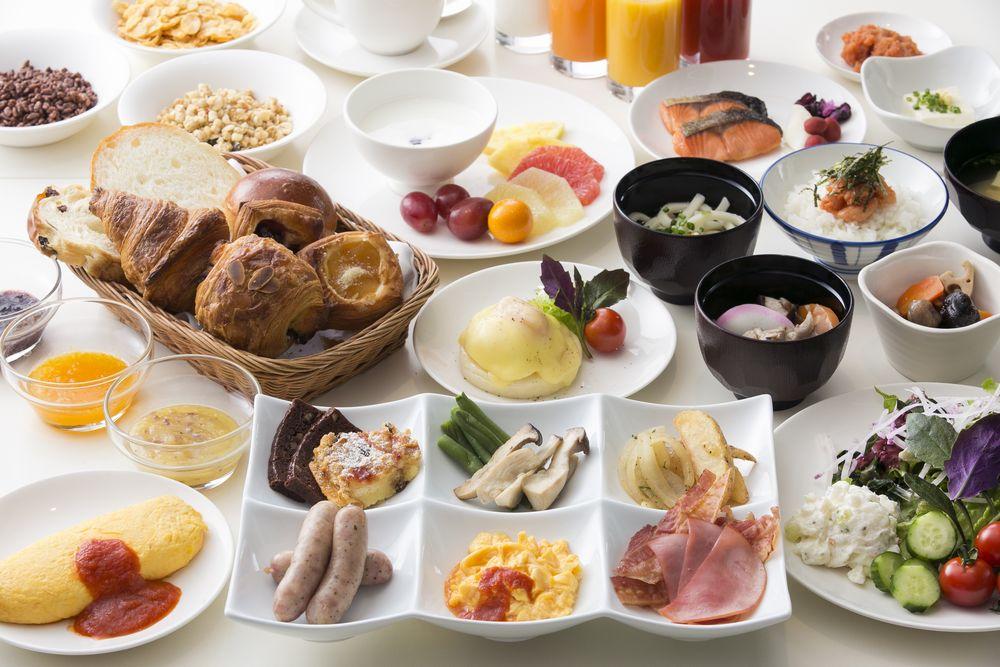 【セリーナ】約60種類の朝食ブッフェ
