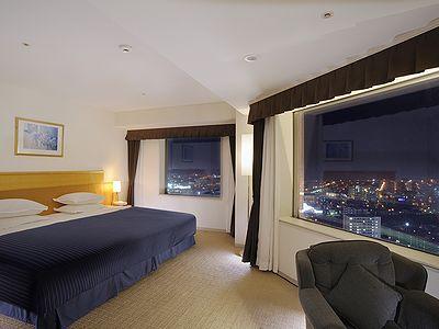 ◇札幌市内最大級、幅250センチのベッドがあるスカイコーナーダブルルーム