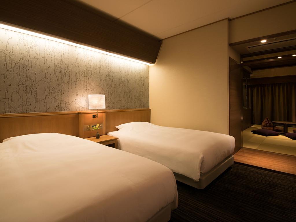 お部屋のベッドはシモンズのビューティーレスト