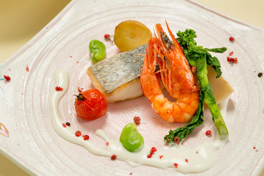 春のアゼリアコース 鮮魚料理