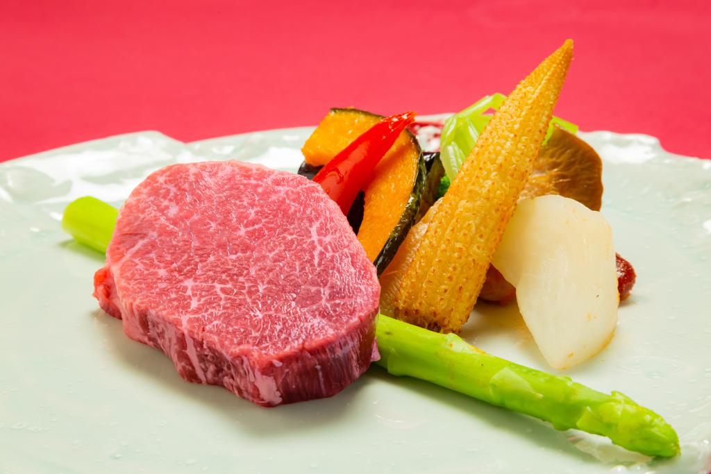 牛肉の最高峰「松坂牛」