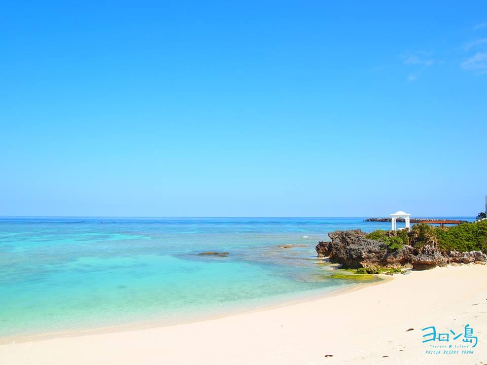 リゾート前のビーチ