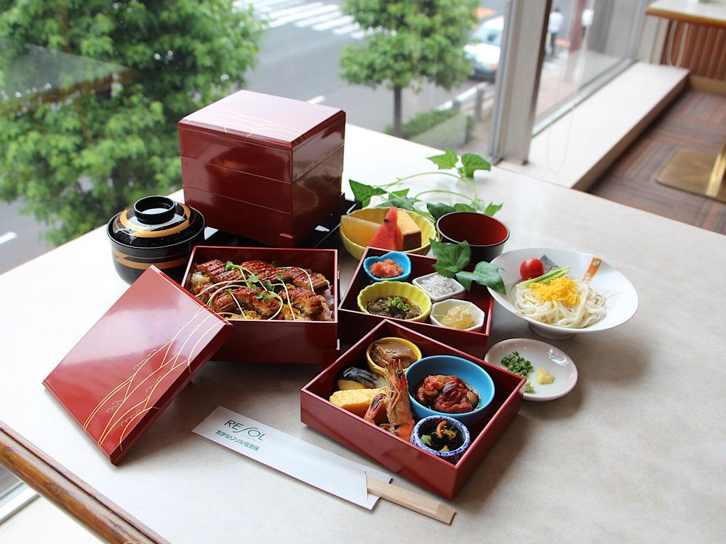九州地方の良さぎゅっと詰め込んだミニ会席風朝食(画像はイメージ)