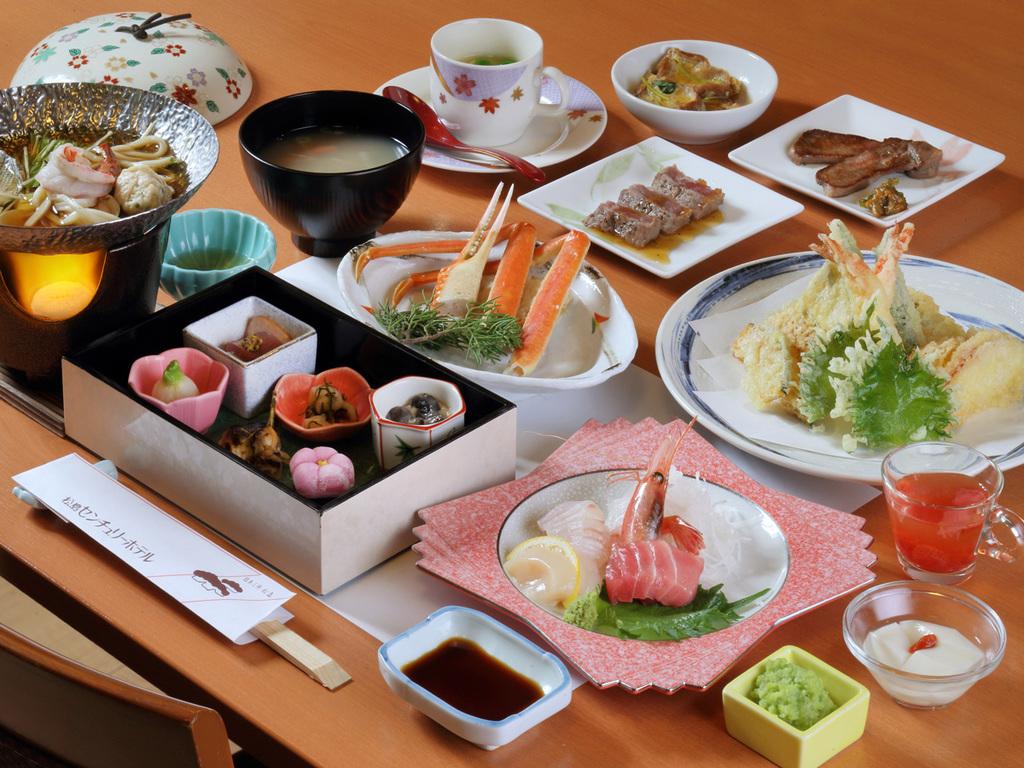 旬菜会席膳の一例 春夏秋冬、それぞれの旬の味と香りをお届けします。