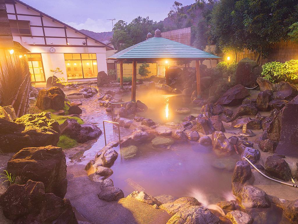 【日本海側最大級の野天風呂】を持つ湯元龍泉