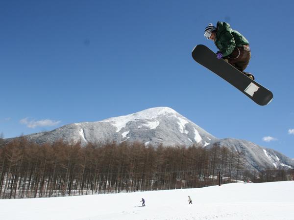 スノボジャンプ