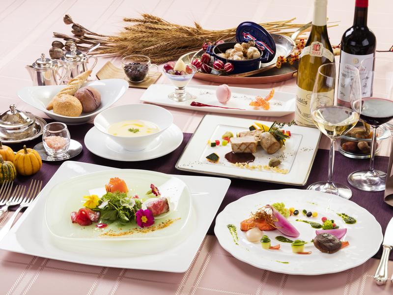 信州名物の「信州サーモン」はじめ、「高原野菜」など、きめ細やかな「全6品」のコース