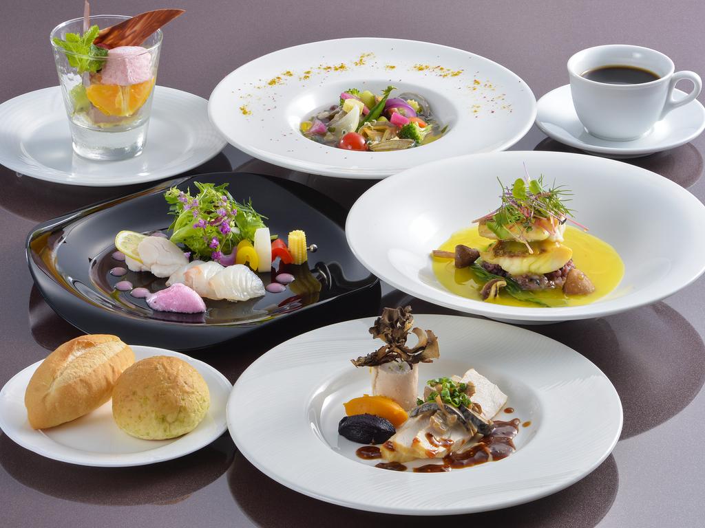 ◎全5皿(前菜・スープ・魚料理・肉料理・デザート)を提供致します。