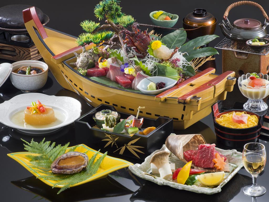 [伊勢志摩の恵み会席プラン]美味満載を上品かつ贅沢な味わいで一度に食す