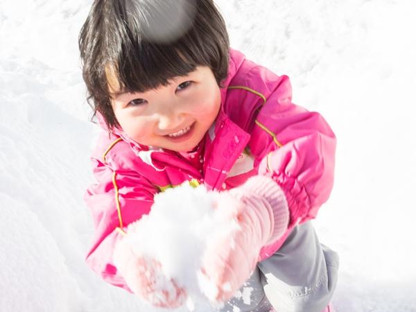 雪遊びは楽しいよ♪