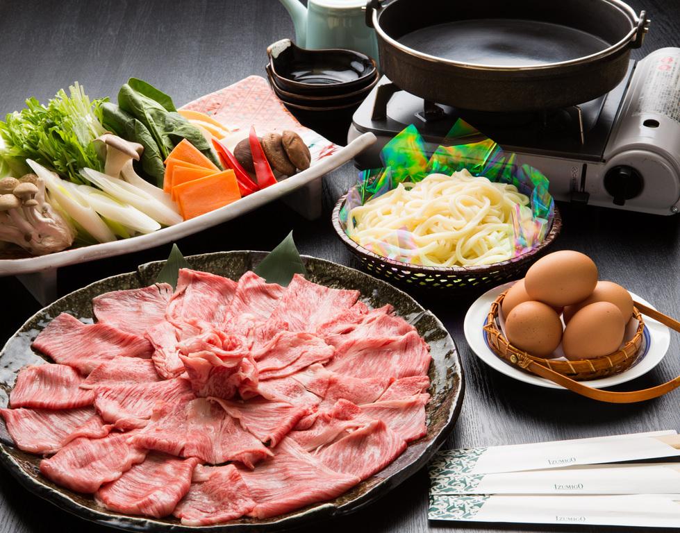 霜降り国産牛のすき焼き【お部屋食】