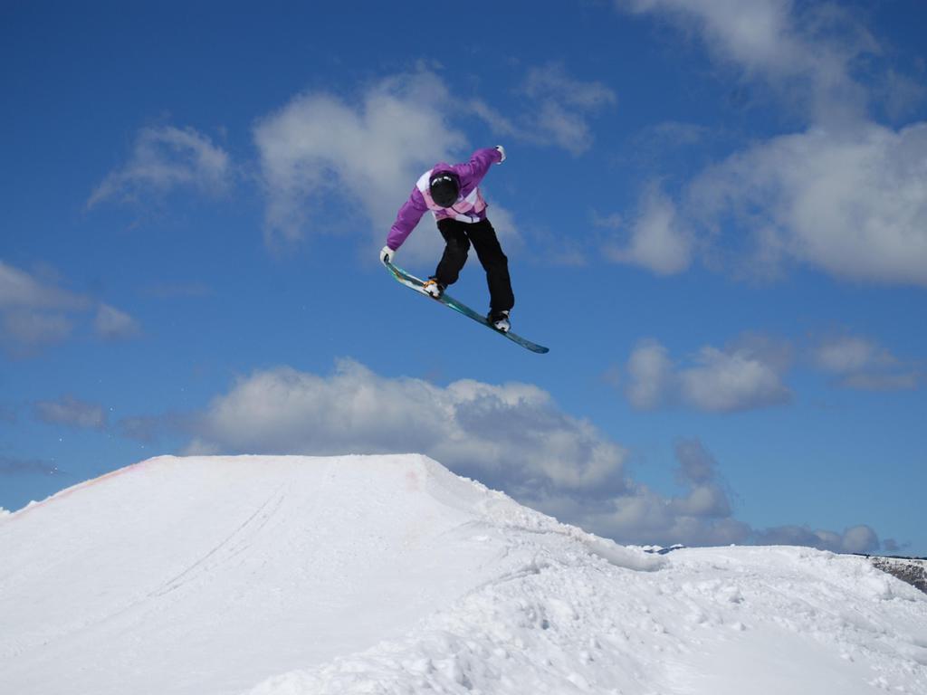 【サンメドウズ清里スキー場】当館から一番近いスノーボードができるスキー場になります(車で約30分)