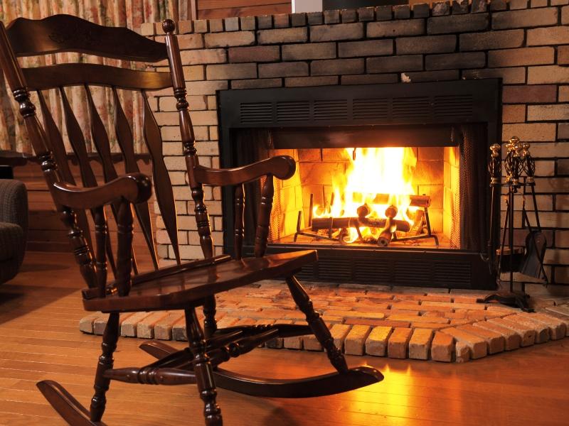 熾火になっても魅力的な炎をお楽しみいただけます。