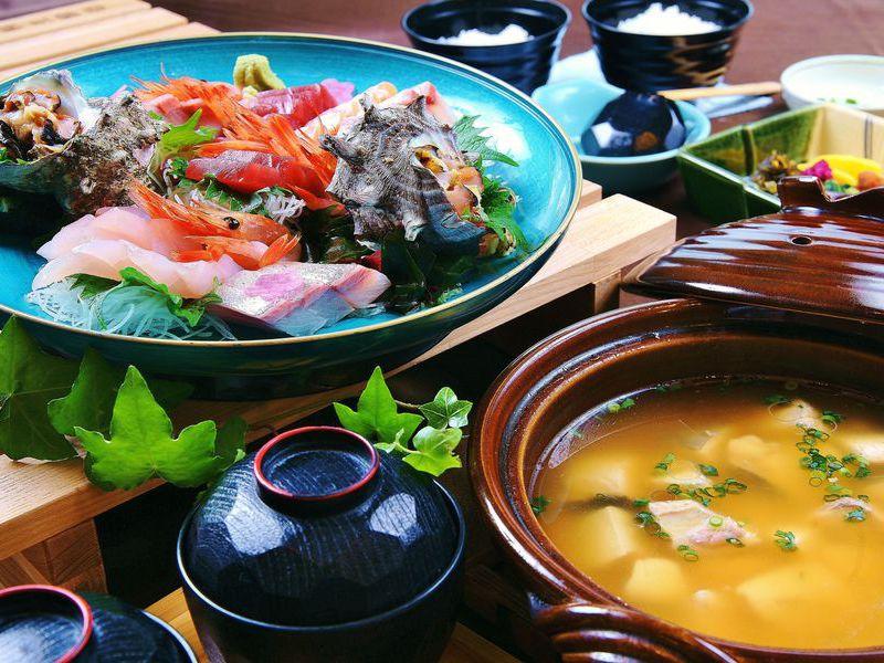 伊豆季節のお造りと特製お味噌汁セット