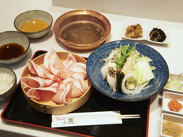 選べる和朝食(しゃぶしゃぶor旬の焼き魚)