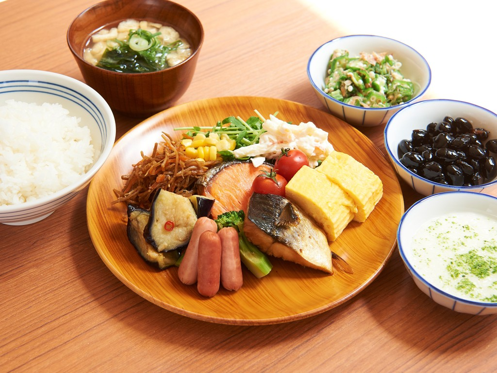 和食中心のビュッフェでしっかり朝ごはん♪