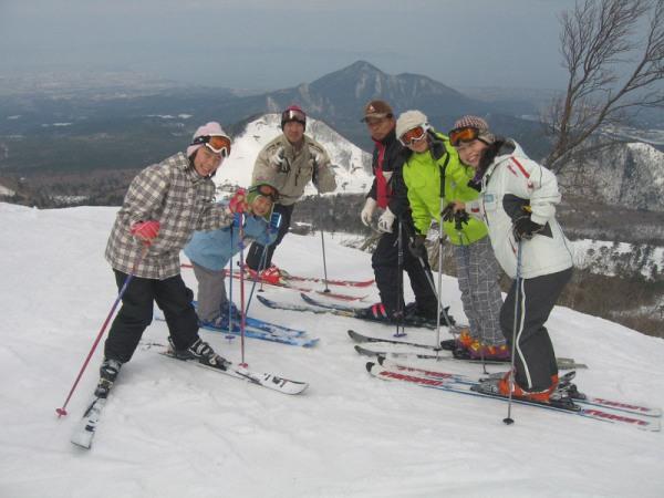 冬のレジャーはやっぱりスキー♪