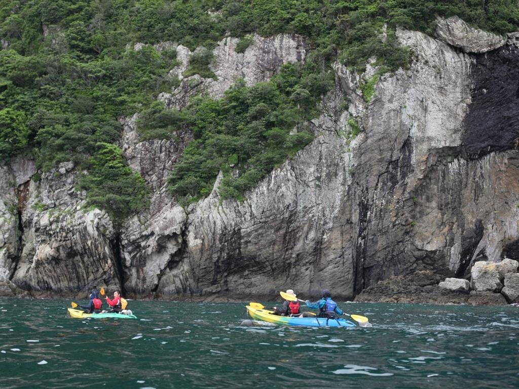 【半日ツアー】断崖絶壁の海が続きます