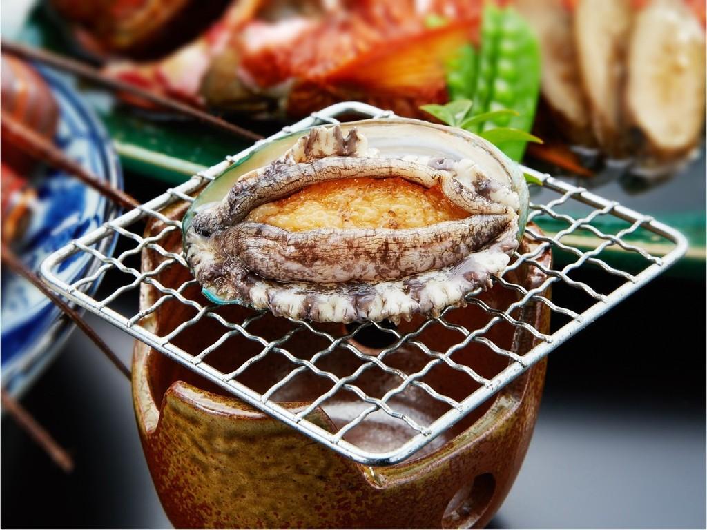 初鴨川シーワールド入場券付きスタンダード和食プラン◆金目鯛の房州煮と地魚入り刺身を味わう