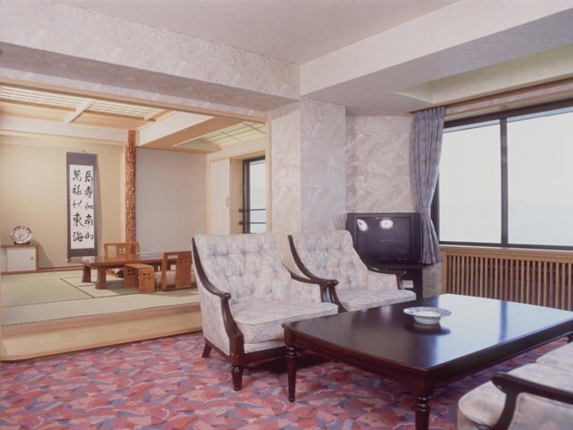 湖側 特別室(和洋室)
