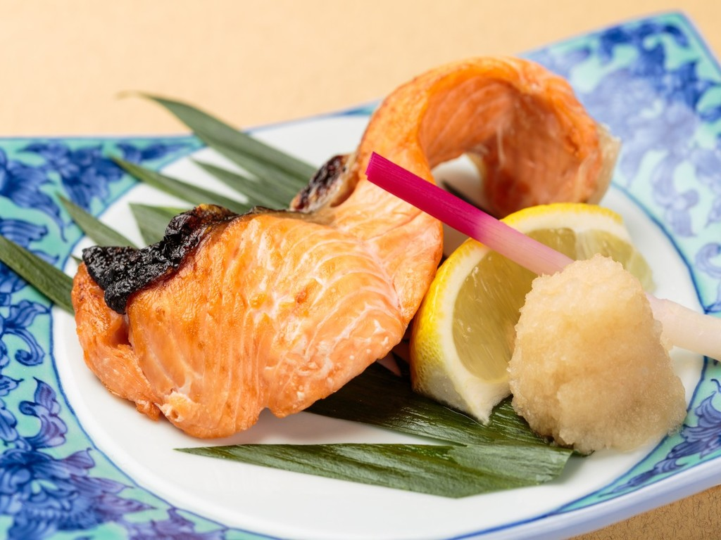 【和】時鮭の天然塩焼き