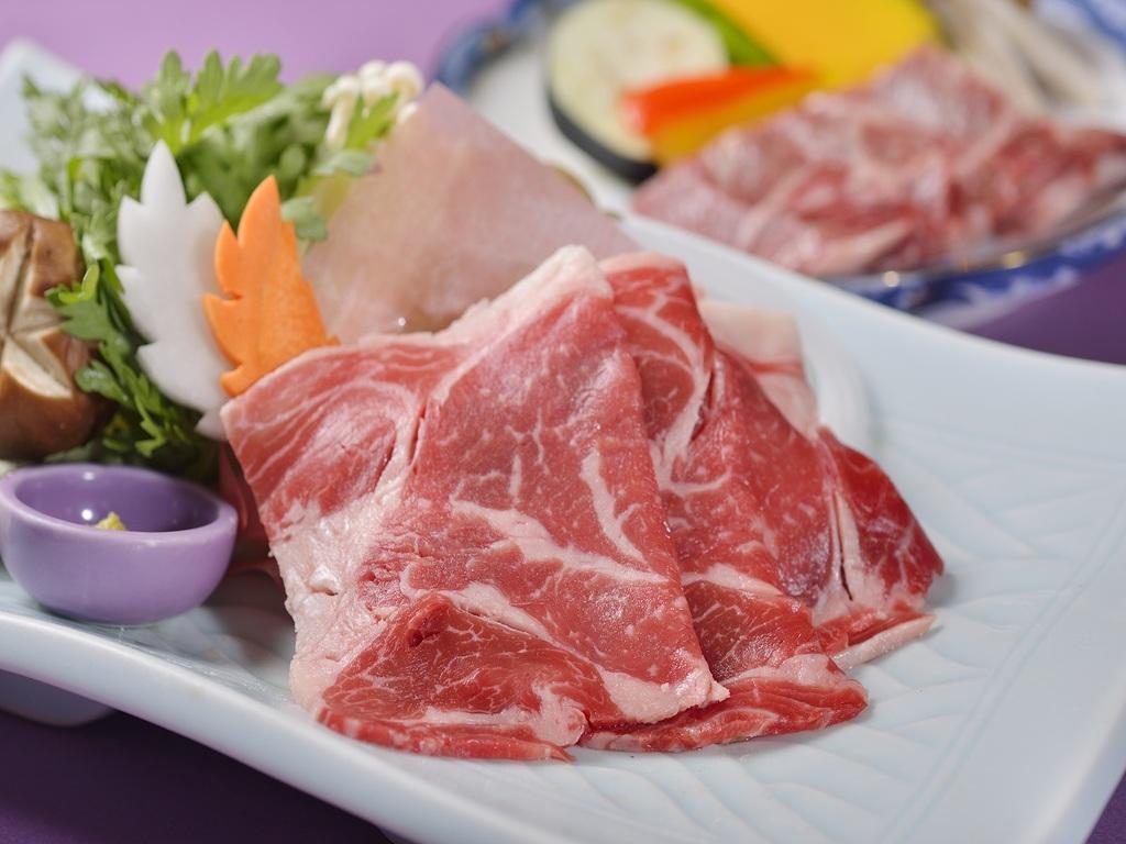 北海道産牛肉付き!しゃぶしゃぶorすき焼きでどうぞ♪